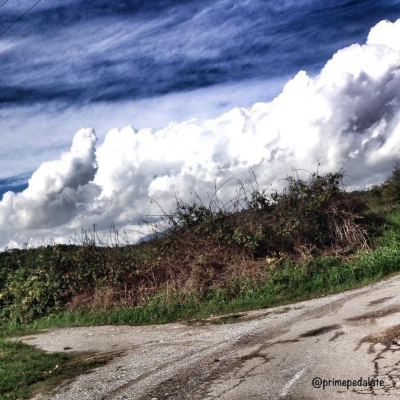 Sulla ciclabile verso Barcuzzi - Lago di Garda