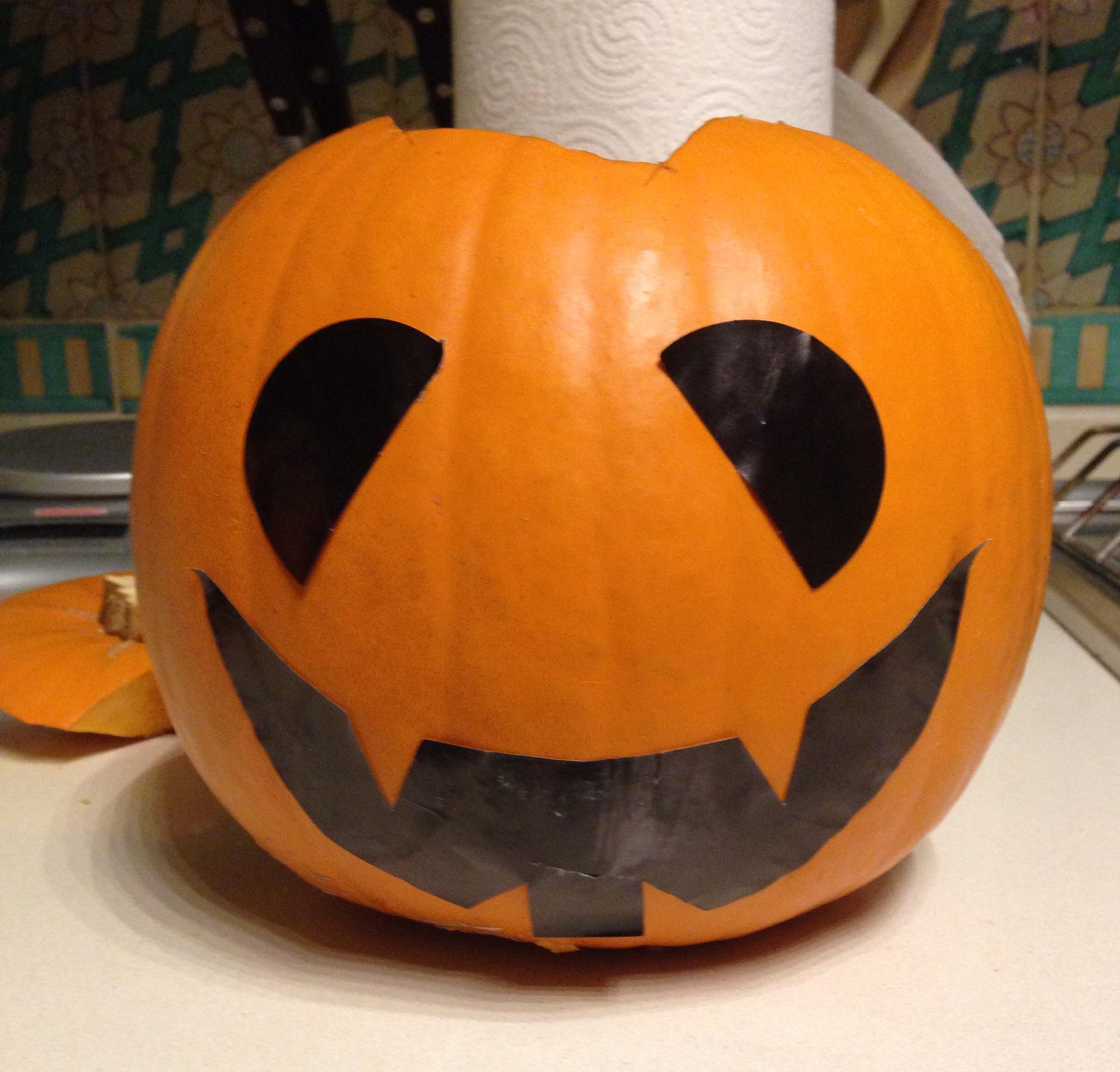 Come fare una jack o lantern la zucca intagliata di for Zucca di halloween disegno